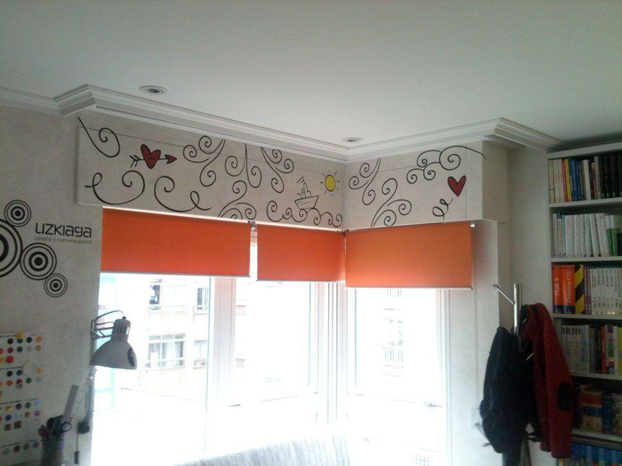 C mo decorar con vinilos adhesivos unas cajas de persianas - Como revestir una pared ...